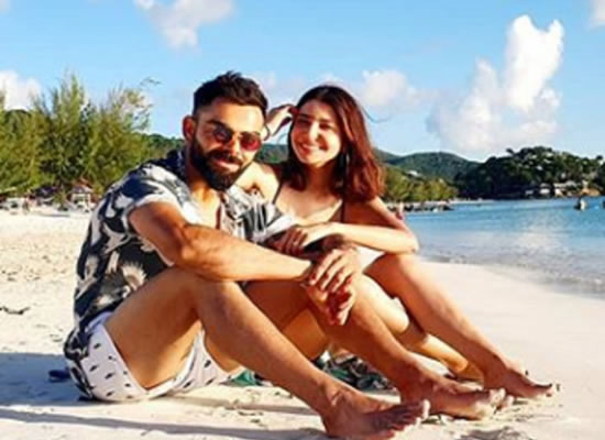 Anushka Sharma and Virat Kohli's beach outing!