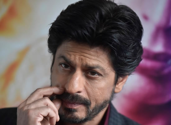 I believe in every lie I tell otherwise I wouldn't be an actor, says Shah Rukh Khan!