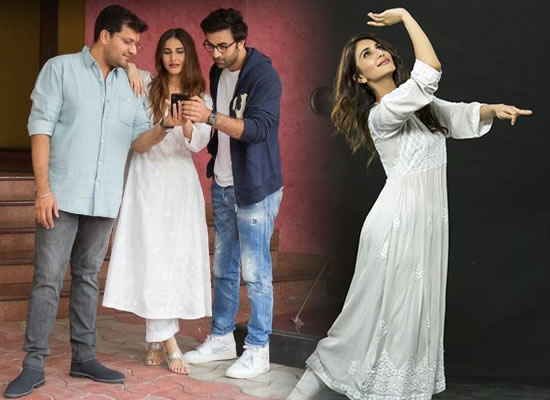 Vaani Kapoor to undergo Kathak training for her next with Ranbir Kapoor!