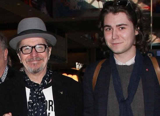 Oscar winner Gary Oldman's son defends him against abuse allegations!