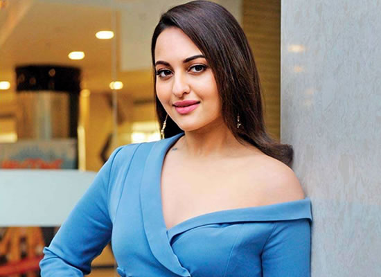 Sonakshi has not signed Akshay Kumar starrer Housefull 4!