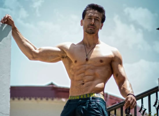 Tiger Shroff to reveal about the prep using different weapons for Baaghi 3!