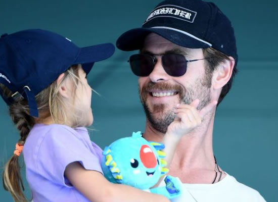 Hollywood star Chris Hemsworth to go on a break from work for family!