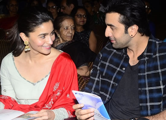 Alia Bhatt opens up about her dating rumour with Ranbir!