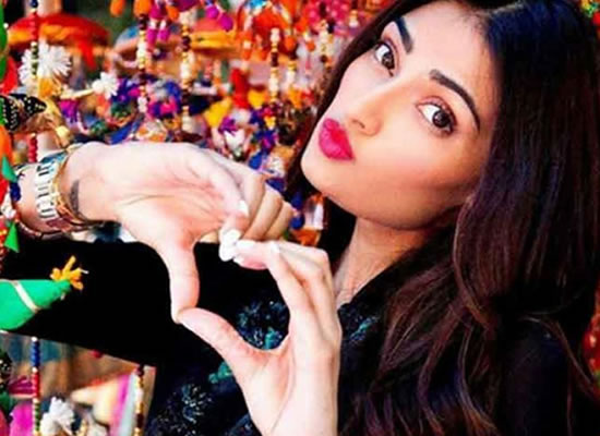 I don't take link up rumours seriously, says Athiya Shetty!