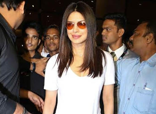 I don't think Baywatch gang is coming to India, says Priyanka Chopra!