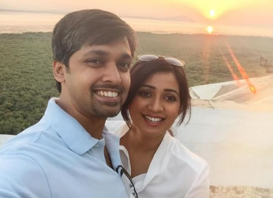 Shreya Ghoshal's beautiful post for hubby Shiladitya on their 3rd wedding anniversary!