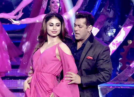 Salman Khan's special song with Mouni Roy for Dabangg 3!