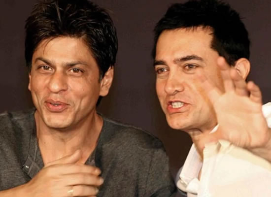 He is a wonderful storyteller and I love listening to him, reveals Aamir on SRK!
