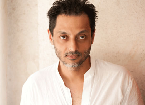 SUJOY GETS SPOOKY!
