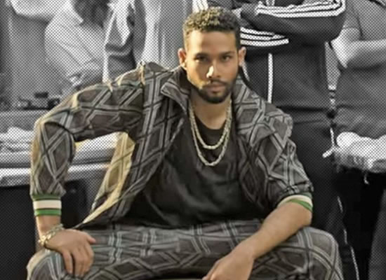Gully Boy's star Siddhant Chaturvedi signs a big deal with a mega film production house?