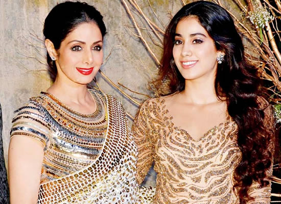 She was more worried about me being compared to her, reveals Janhvi Kapoor about mom Sridevi!