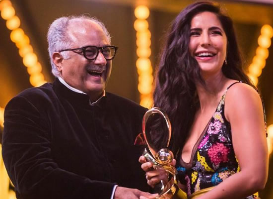 Katrina Kaif to receive Best Supporting Actress Award for Zero!