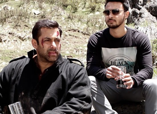 Salman to cast a fresh face opposite Aayush for his debut?