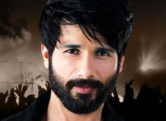 Shahid Kapoor voted as SEXIEST Asian Man!