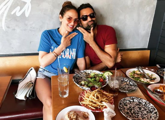 Cousins Esha Deol and Abhay Deol to enjoy lunch together in California!