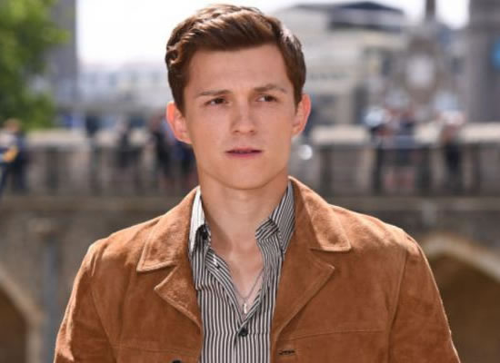 Tom Holland pens a heartwarming message for fans!