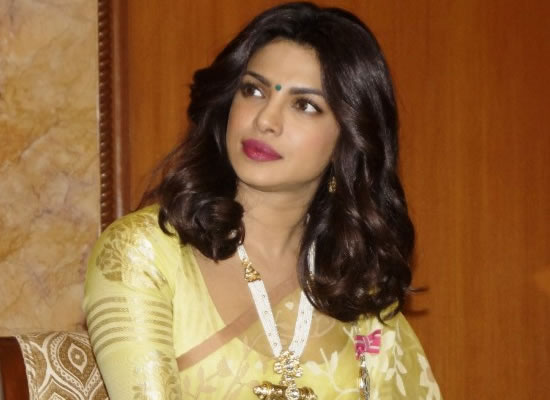 Priyanka Chopra gets Mother Teresa Memorial Award for Social Justice!