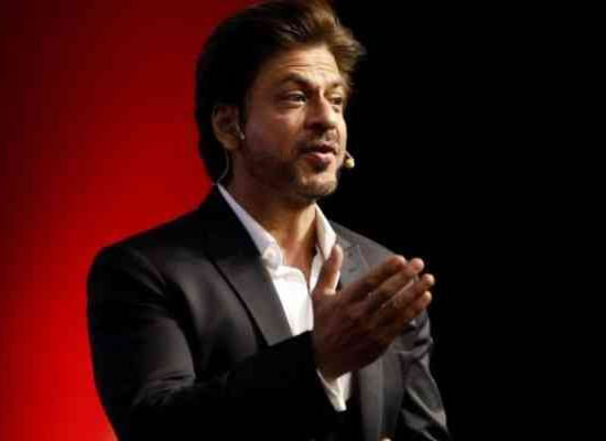 I'm honoured and delighted, says SRK on being invited for 10th Indian Film Festival!