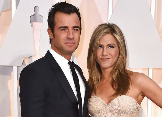 Jennifer Aniston and Justin Theroux may not have been legally married?