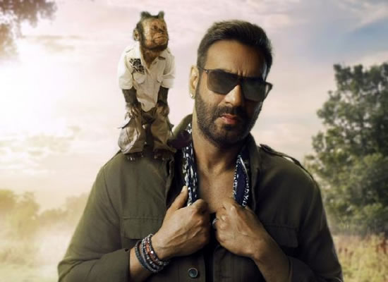 Total Dhamaal's first look with Ajay Devgn and Crystal - the monkey!