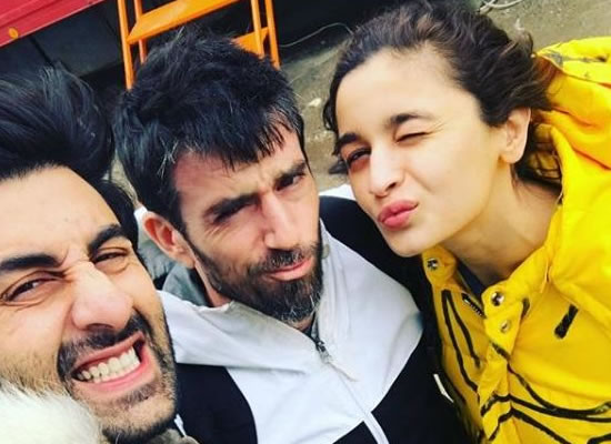 Ranbir and Alia's lovely selfie with trainer!