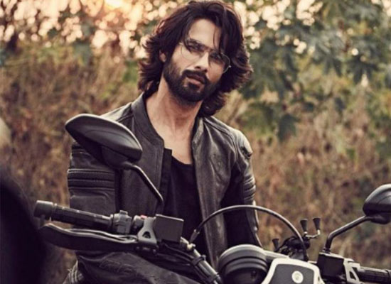 Shahid Kapoor to share his new beard look!