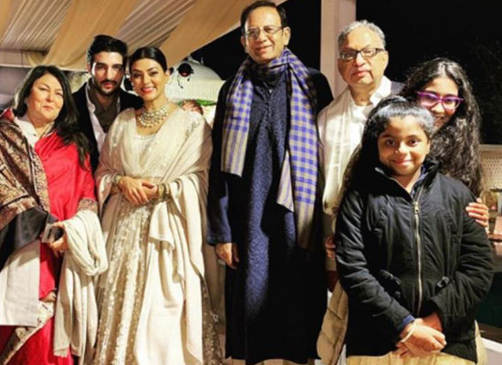 Sushmita Sen's picture perfect moment with beau Rohman Shawl and his family!
