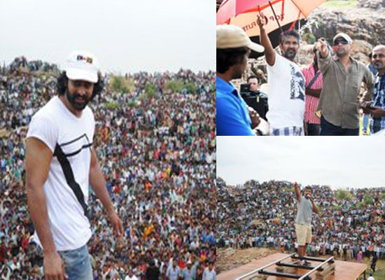 Prabhas's unseen BTS photos from the sets of Baahubali!