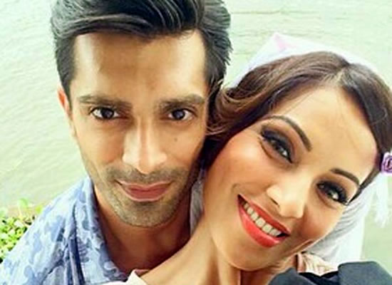 Jennifer Winget's ex-husband Karan Singh Grover spotted with Bipasha Basu!