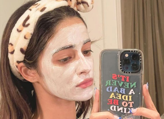 Ananya Panday to share a selfie with a face pack!