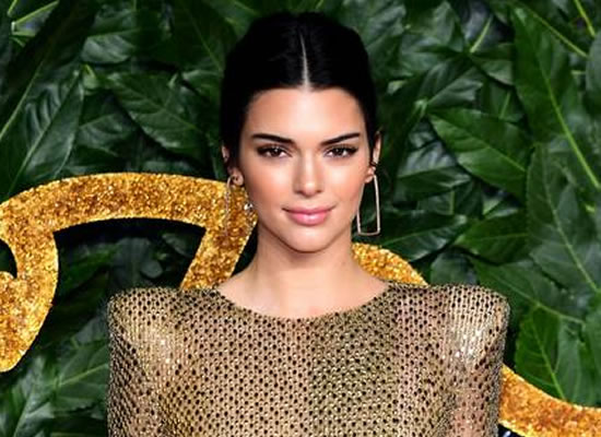 Kendall Jenner opens up about her struggle with acne!