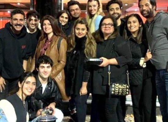 Akshay Kumar wraps Glasgow schedule with team for Bell Bottom!