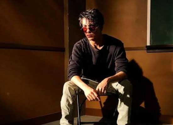 Aryan Khan's latest snap with straight face!
