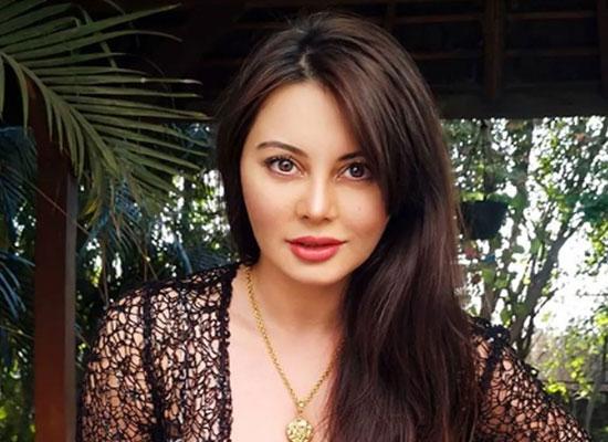 Minissha Lamba opens up on divorce with husband Ryan Tham!
