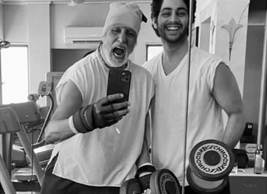 BIG B'S 'FIGHTS THE FIT' WITH GRANDSON AGASTYA NANDA!