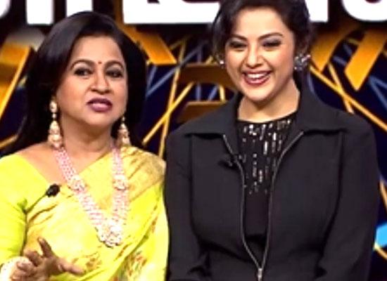 Meena opens up about working with Rajinikanth on Radikaa Sarathkumar's show!