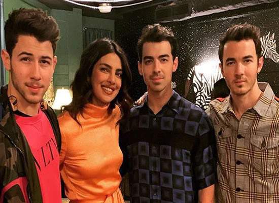 Priyanka Chopra Jonas to congratulate the Jonas Brothers for the Grammys 2020's nomination!