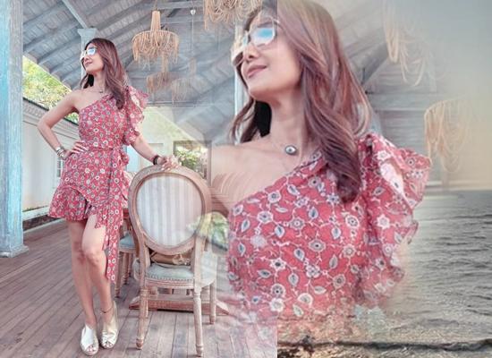Shilpa Shetty's 'work mode' look in one shoulder dress in Goa!