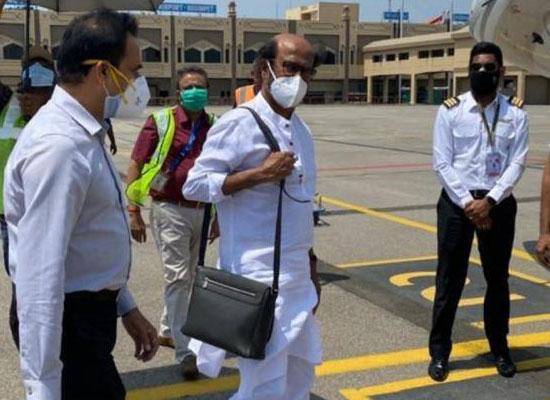 Superstar Rajinikanth's USA visit for a medical check-up!