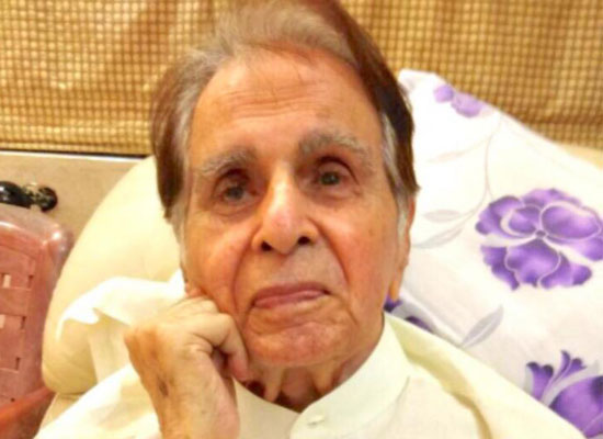 Dilip Kumar opens up about his Pakistan home being preserved!