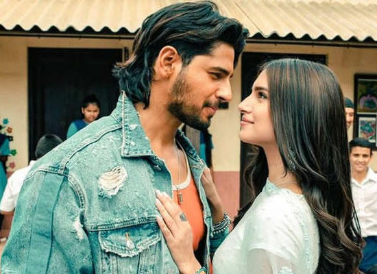 Tara Sutaria opens up on dating rumours with Sidharth Malhotra!