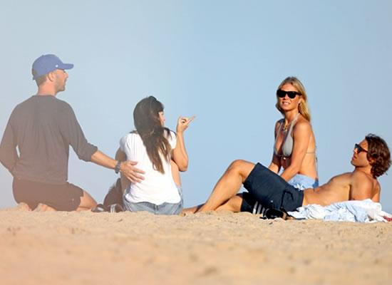 Chris Martin and Dakota Johnson to enjoy a beach date with former's ex-wife Gwyneth Paltrow!